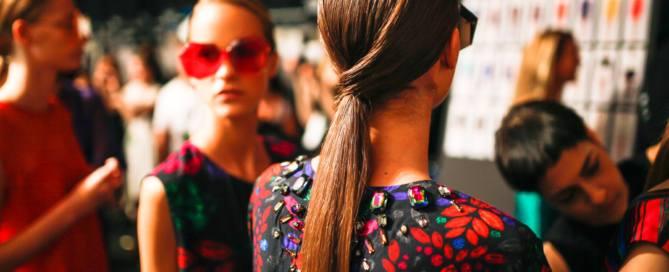 уход за волосами зимой как ухаживать за волосами 10 средств для идеальной укладки