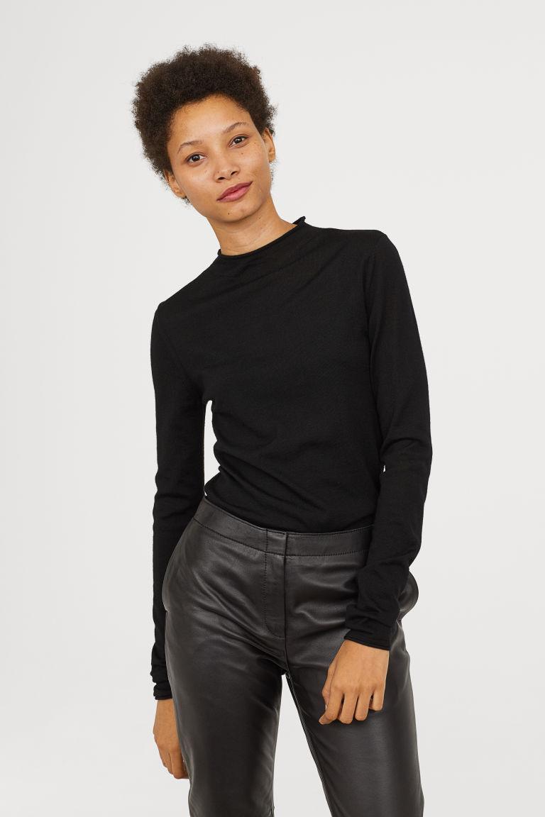 что надеть в H&M Fine-knit merino wool jumper H&M
