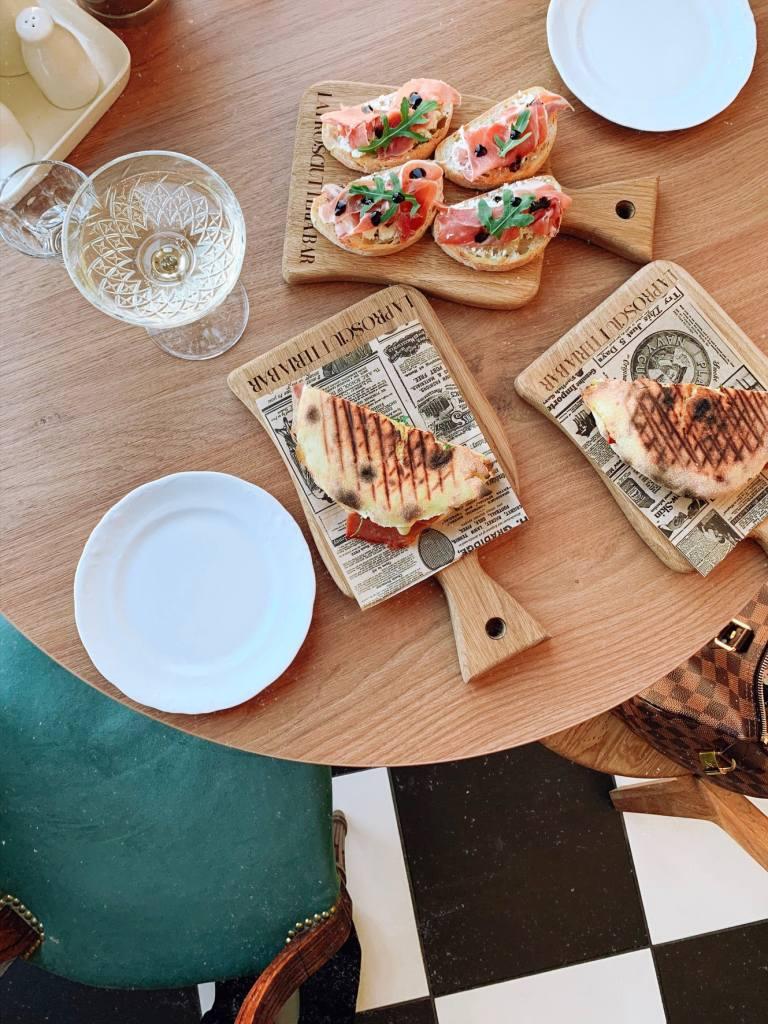 la prosciutteria bar riga итальянский бар в риге где выпить кофе в риге панини в риге